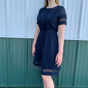 Super Cute Navy Banana Republic Dress !!